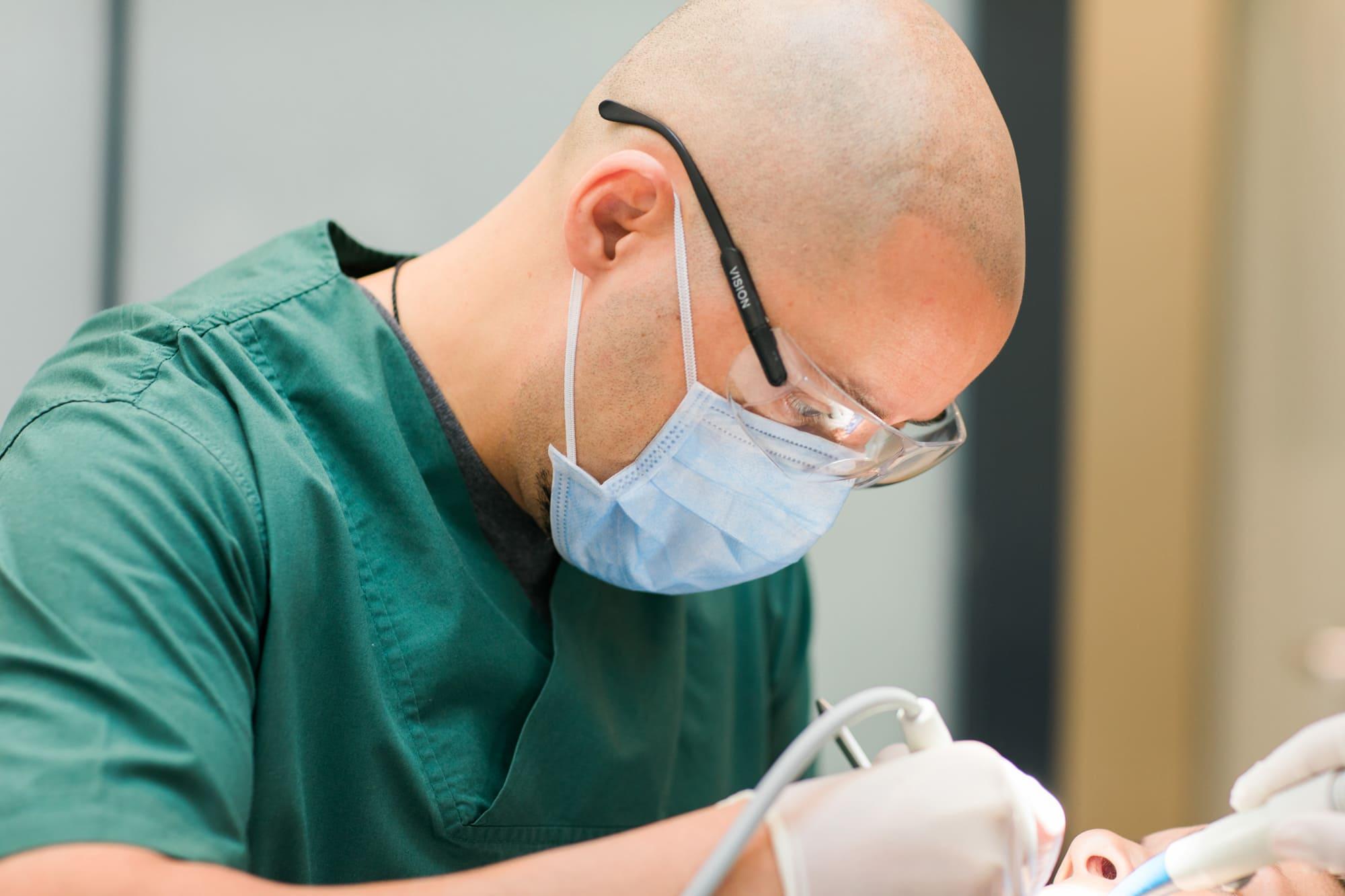 Utkan Estetik Diş Kliniği   Nişantaşı